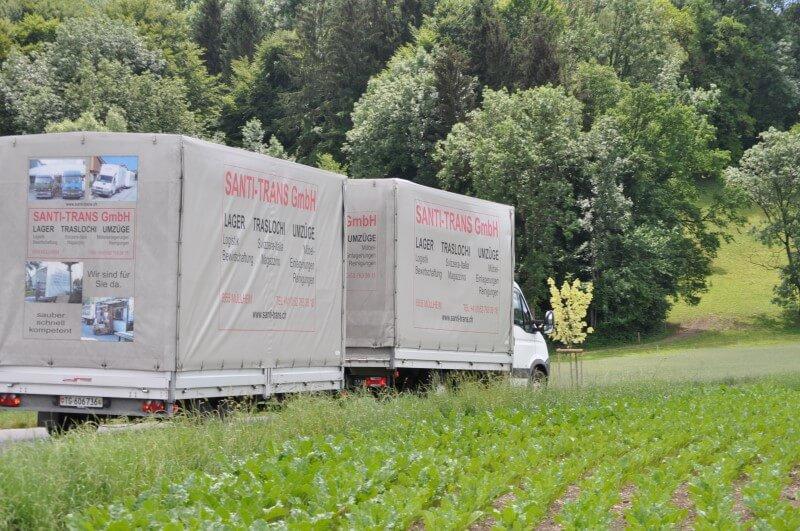 Fahrzeugflotte Santi-Trans - Lieferwagen mit Anhänger