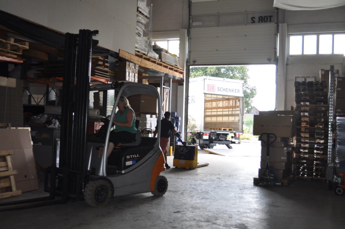 Logistikunternehmen für Lagerbewirtschaftung und Warenwirtschaft